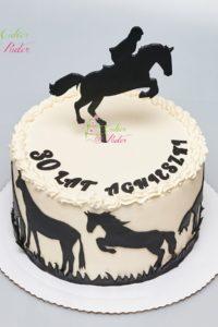 tort urodzinowy – urodziny dziecka – minsk mazowiecki – figurka konia – figurka jezdzca – figurki koni – beza szwajcarska – bita smietana – tort dla dziewczynki – tort dla chlopca