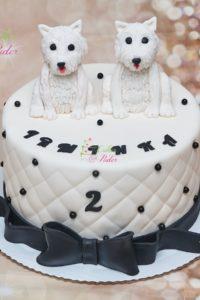 tort na urodziny – urodziny dziecka – minsk mazowiecki – figurki psow – pies – tort pikowany – czarno bialy – recznie wykonane figurki – tort dla dziewczynki – tort dla chlopca