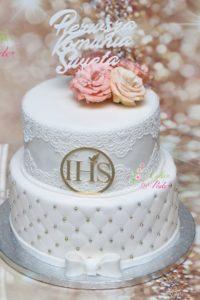tort na chrzest swiety – komunia swieta – minsk mazowiecki – recznie wykonane ozdoby – topper – pikowany tort – pikowane pietro – jadalna koronka – tort dla dziewczynki – tort dla chlopca